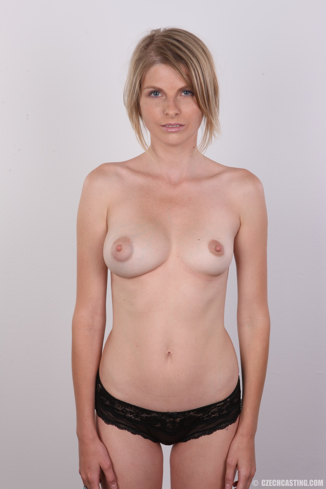 Порно фото огромные сиськи секретарш если