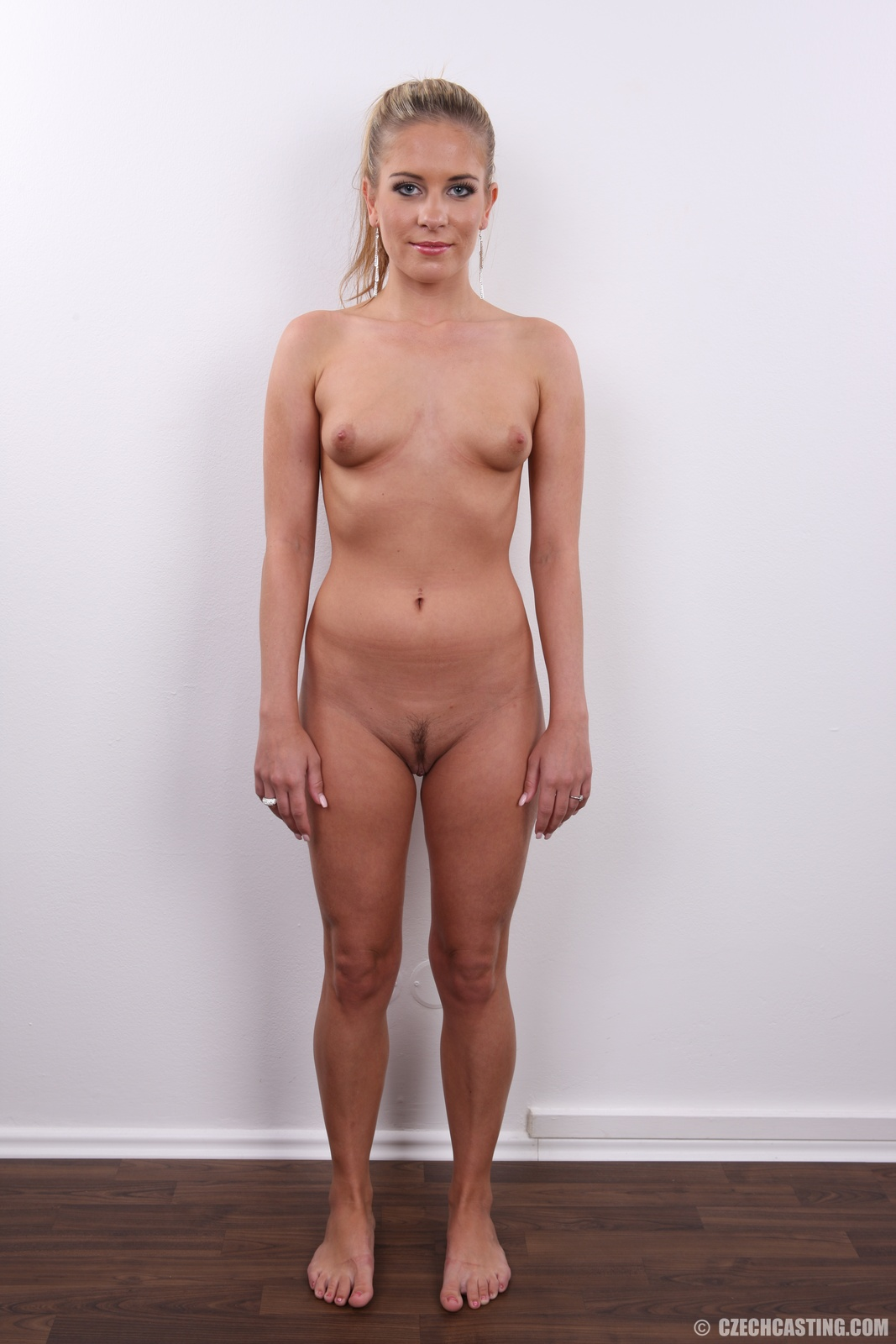голые бабы порно кастинг