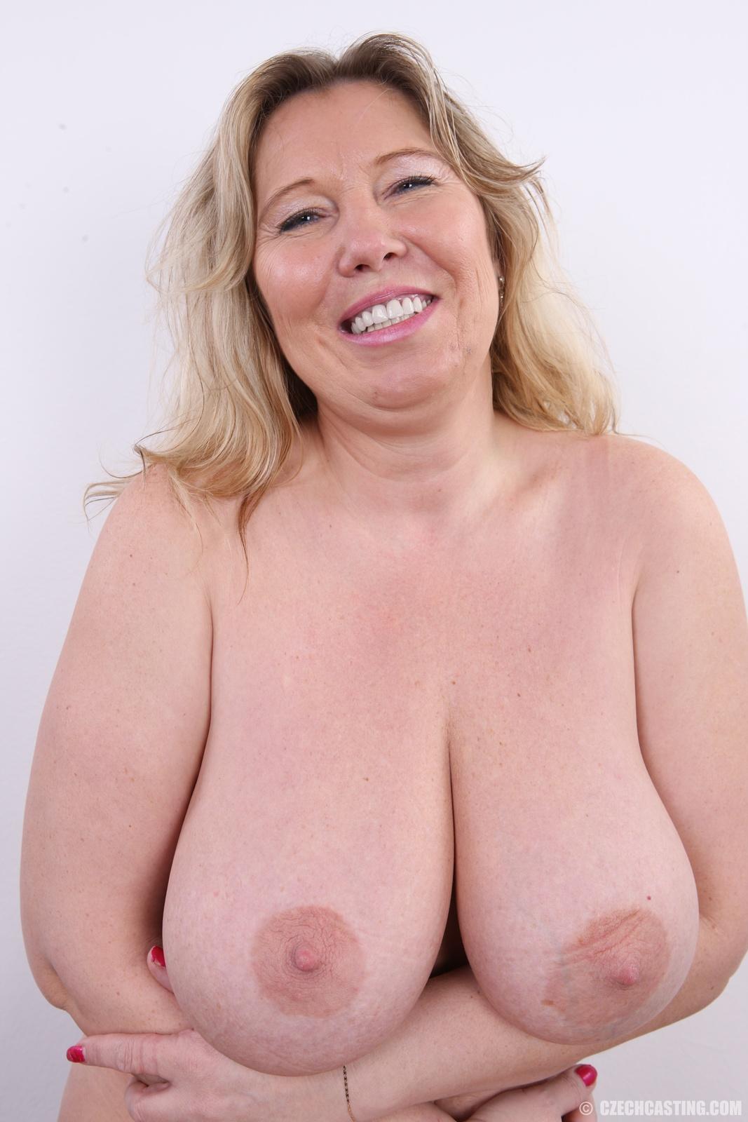 Naked filipina asian big boobs