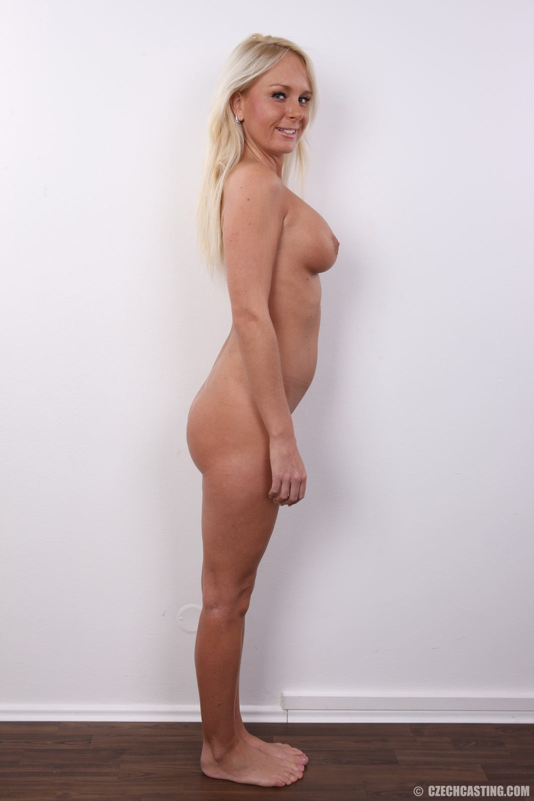 http://cdn.czechcasting.co/wp-content/uploads/2013/12/19_9641.jpg
