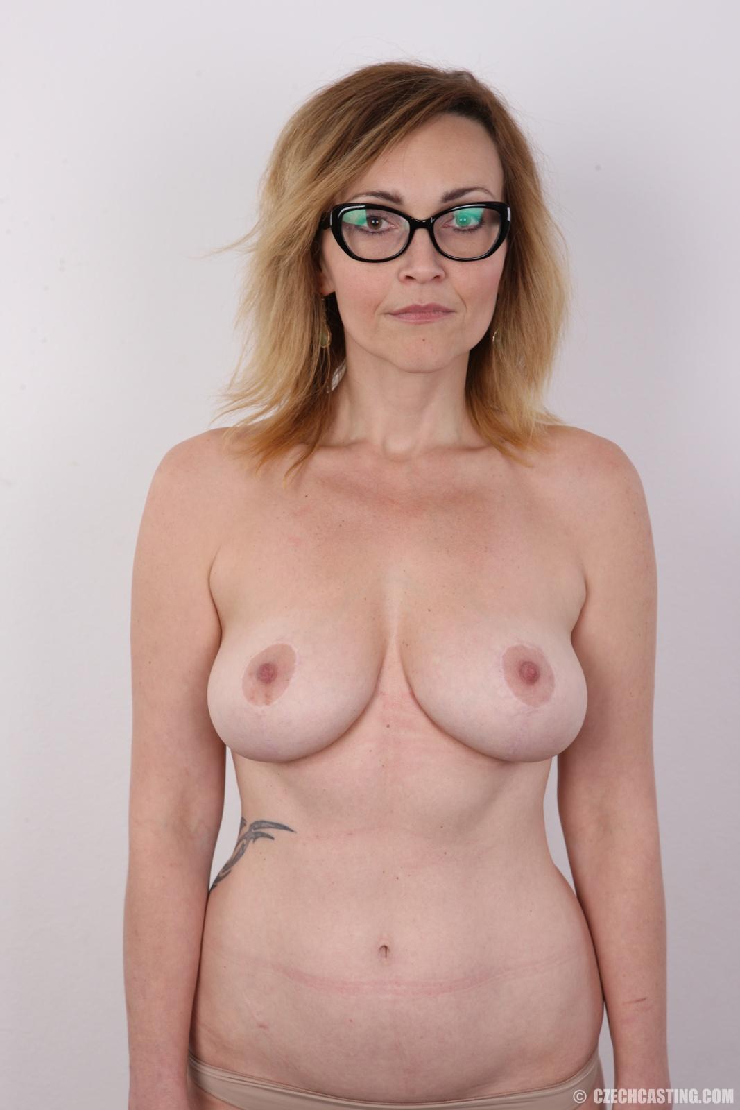 Mature nude casting