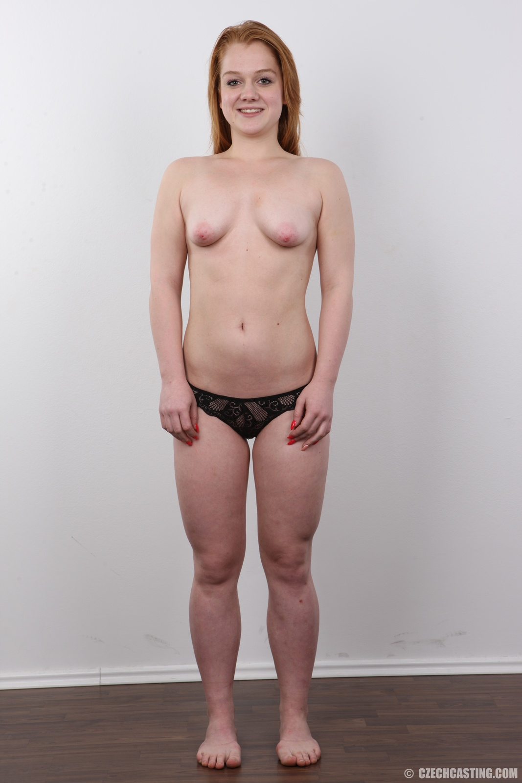 wpid-18-year-old-eliska-casting-photos21.jpg