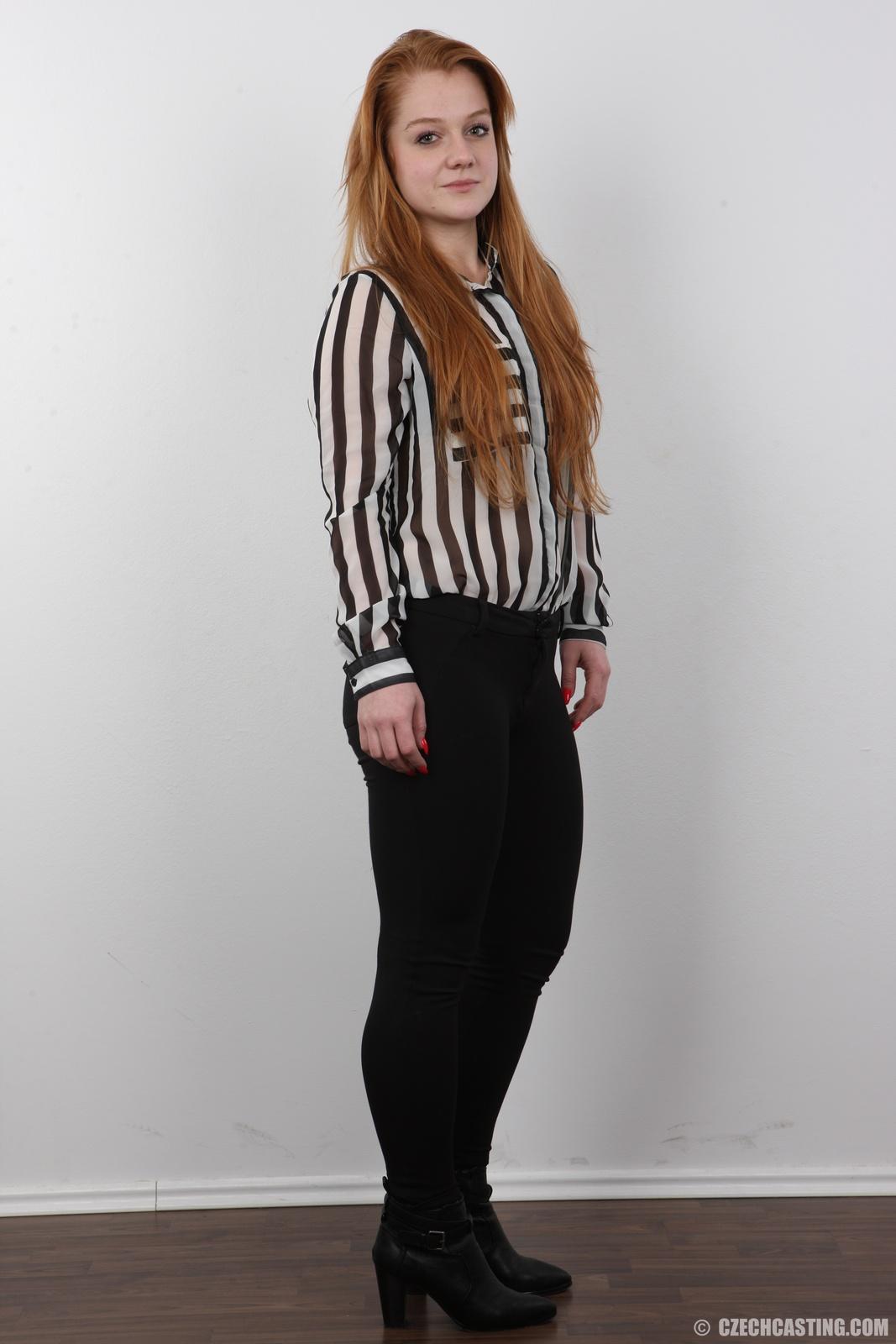 wpid-18-year-old-eliska-casting-photos3.jpg