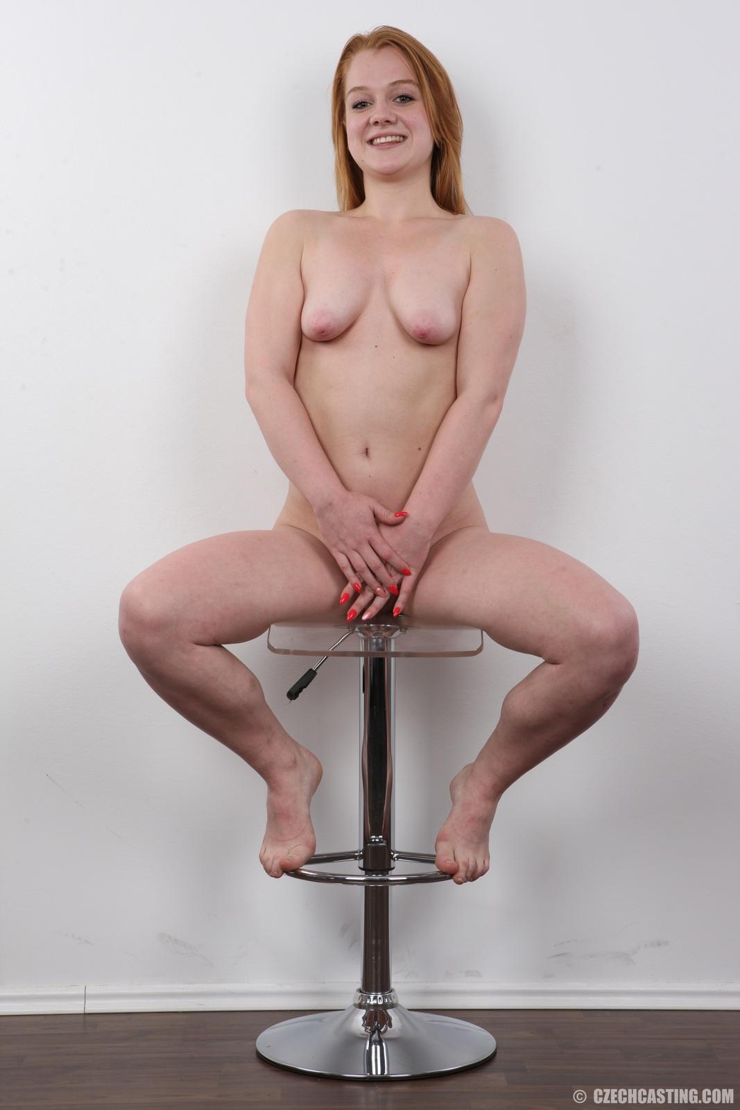 wpid-18-year-old-eliska-casting-photos36.jpg