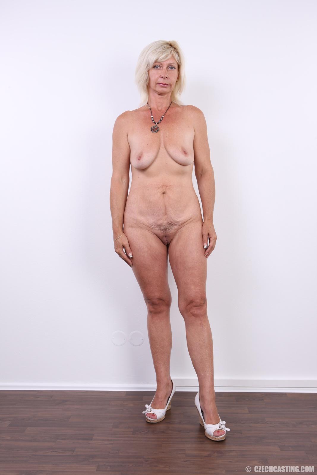 Nude noelle easton pov